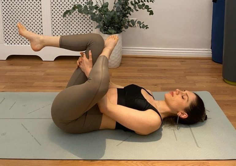 7 detoxifying stretches to boost your immune system